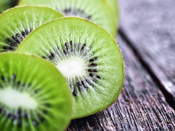What Can I Feed My Kiwi Plant?