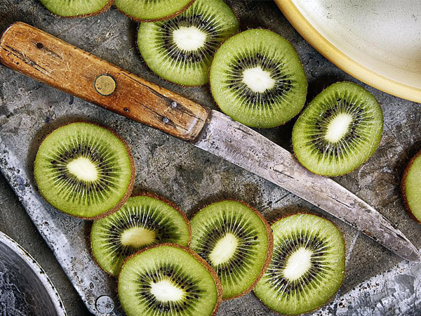 How Do You Grow Kiwi From Store Bought Fruit?